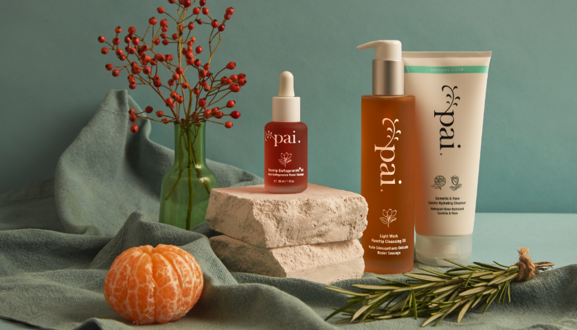Pai Skincare Rosehip BioRegenerate Oil et nettoyants avec ingrédients