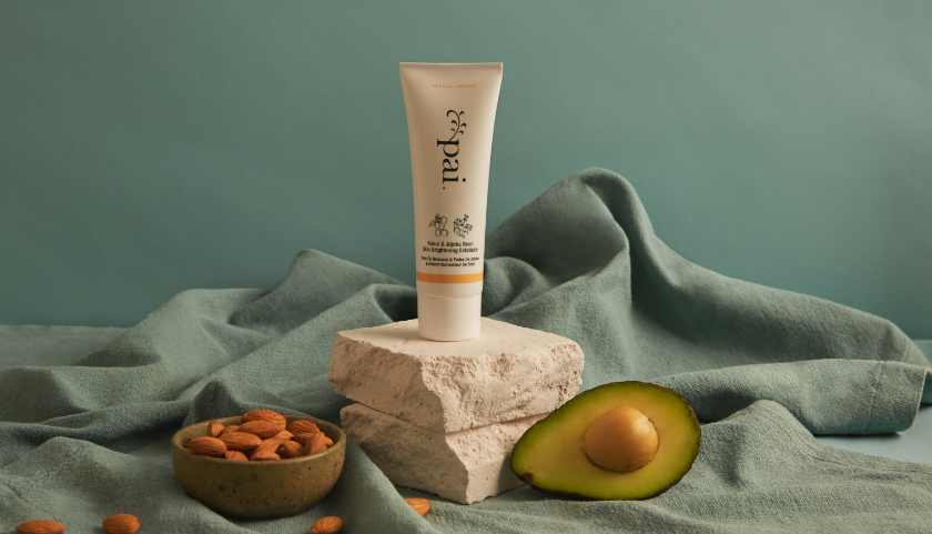 Pai Kukui & Jojoba Bead Skin Brightening Exfoliator - gently rolls across the skin to lift away dead skin cells and impurities without irritation or damage.